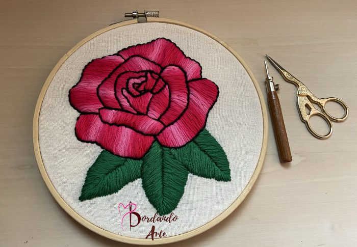 Bordar rosas con aguja magica Punch needle